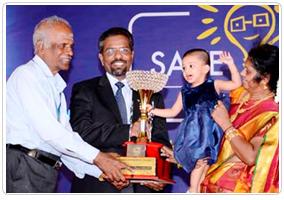 eee-award3